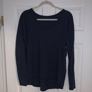Lululemon scoop neck navy long sleeve shirt size 6